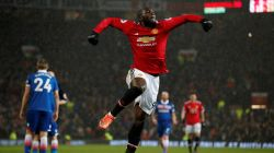 Man United 3-0 Stoke: Lukaku & Martial on target as United tame Potters