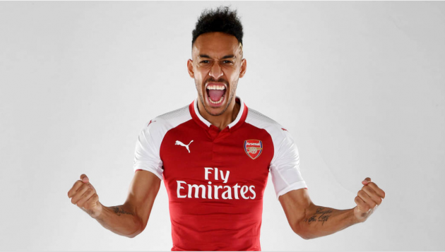 Gunners sign striker Pierre-Emerick Aubameyang from Borussia Dortmund
